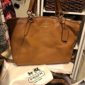 Coach Bags - Coach leather purse